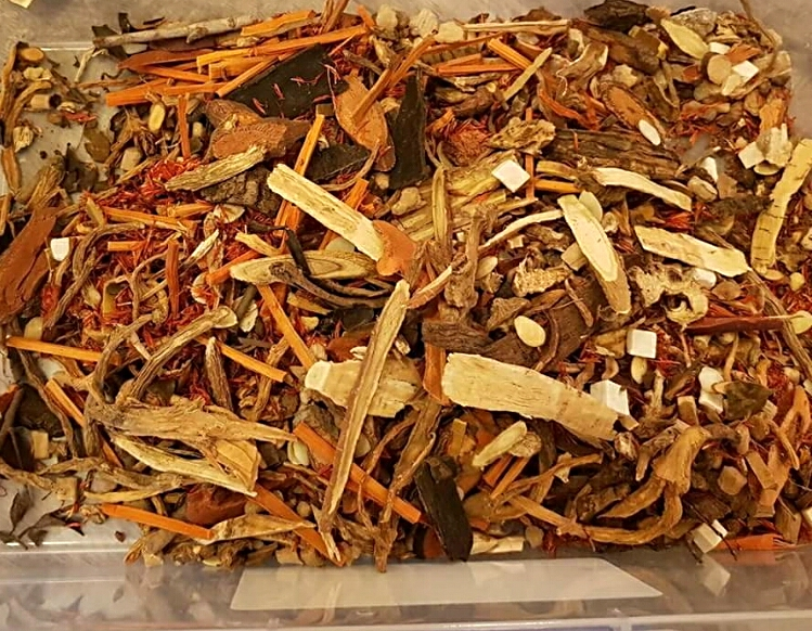 Dit Dar Jow - Chinese Herbs